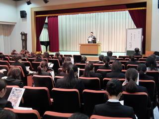聖徳会幼保新任者公開研修会を開催しました