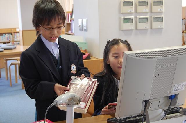 5年生の図書館活動