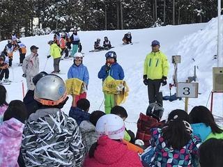 (動)スキー研修修了式