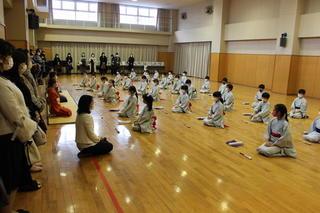2年 授業参観(日本舞踊)
