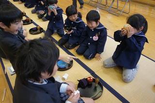 幼小ひなまつり茶会の写真を公開します