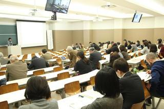 教育改革等事業助成報告会及び学術図書出版助成報告会を開催しました。