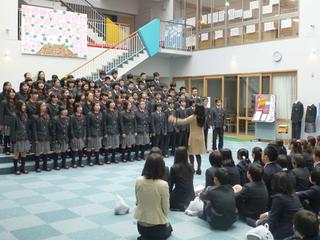 岐阜聖徳学園大学附属小学校を卒業するみなさんに・・・歌のプレゼント・・・