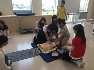 本学看護学部でBLS(一次救命処置)講習会が開催されました