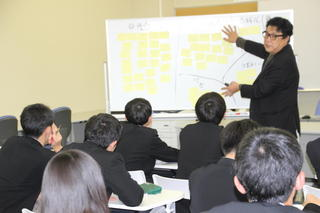 高大連携事業「地域課題探究型学習生徒向けリーダー研修」を実施