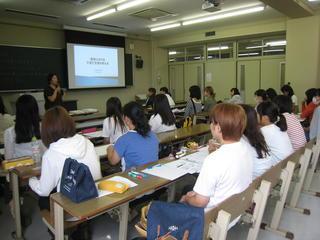 夏期集中講義「保育内容特論Ⅱ」が行われました。